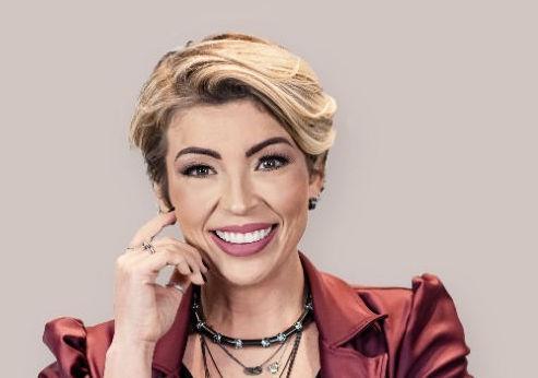 Juliana Bacellar Director